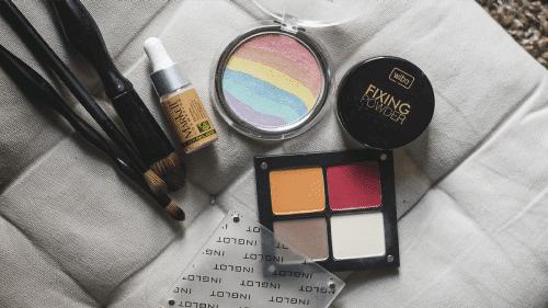 Comprare cosmetici con pagamento alla consegna